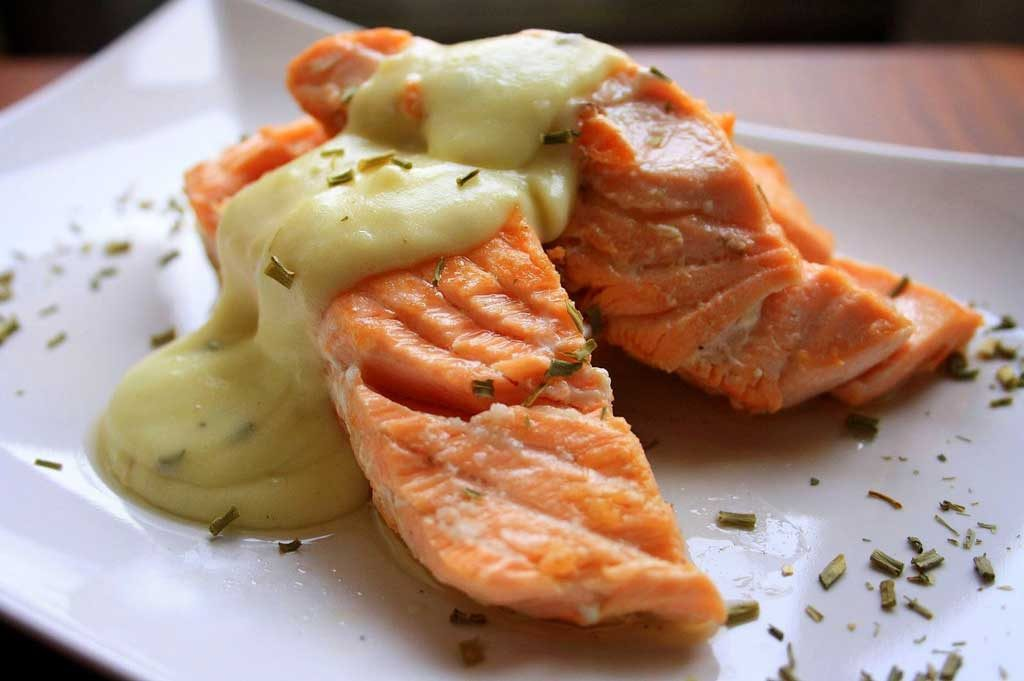 Salmon Fillets in Champ Sauce
